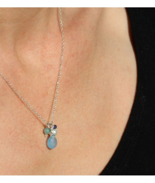 """Collier """"Adele"""" pierre fine Calcédoine, perle d'eau douce sur chaine en argent"""