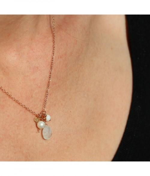 """Collier """"Adele"""" pierre fine Pierre De Lune, perle d'eau douce sur chaine doré rose sur argent"""